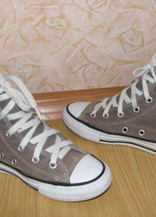 Converse кеды високие30 р по ст 19,5 см очень хорошое состояние