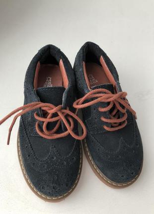 Туфли на мальчика 23- размер . натуральная замша от  marks & spencer