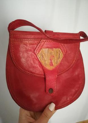 Красная кожаная мини сумочка