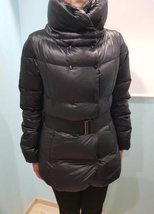 Отличная зимняя, теплая куртка colins