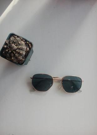 Ретро квадратные солнцезащитные очки
