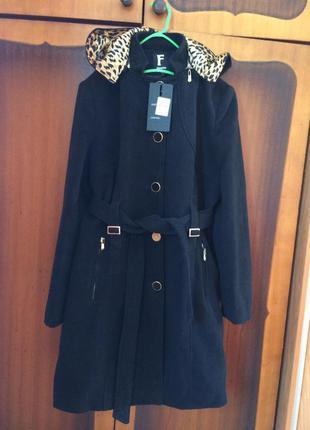 Красивое пальто!