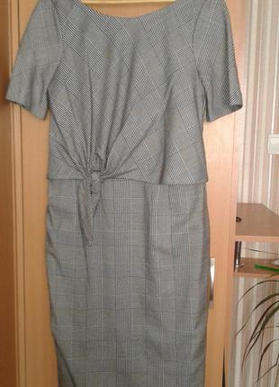 Стильное деловое платье миди