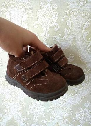 Туфли-ботинки в идеальном состоянии