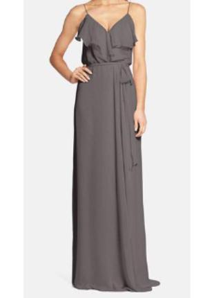 Вечернее длинное платье в пол нарядное серое nouvelle
