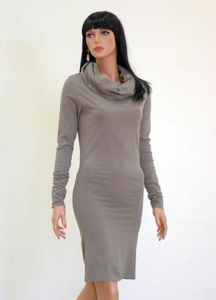 b60b082f604 Интересное платье миди с капюшоном есть еще в черном цвете1 ...
