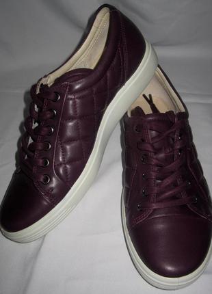Кроссовки-спортивные туфли  ecco,раз 39 стелька 25.5см,словакия