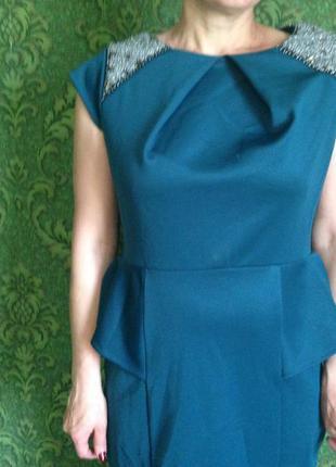 Шикарное трикотажное платье