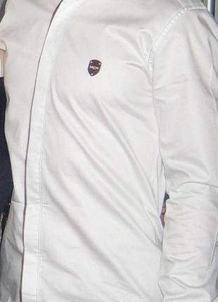 Стильная нарядная рубашка р.s-м