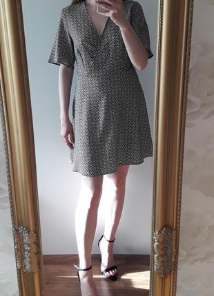 Трендовое платье в горох на запах new look р 10