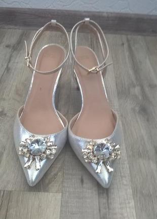 Туфли на каблуке asos