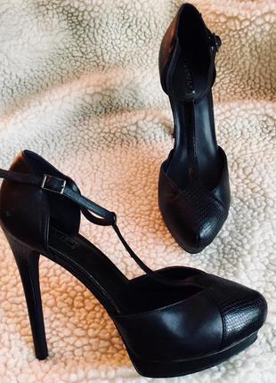 Крутые стильные босоножки под кожу питона, tooshop, размер 39