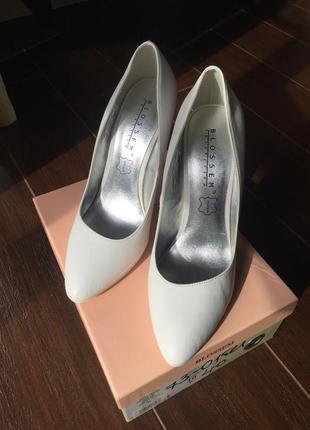 Очень классные туфли blossem