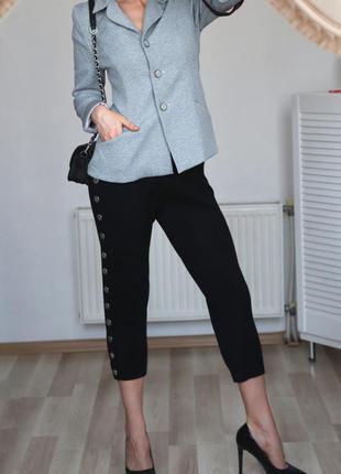 Стильный,красивый пиджак с манжетами,m-l