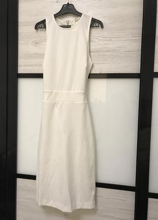 Актуальное платье h&m