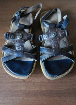 Босоножки кожаные берегиня для девочки, 32 размер, сандалии, кожа