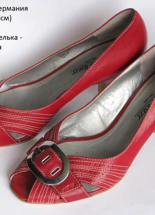 Нарядные туфли-лодочки marco tozzi р.38 германия много обуви