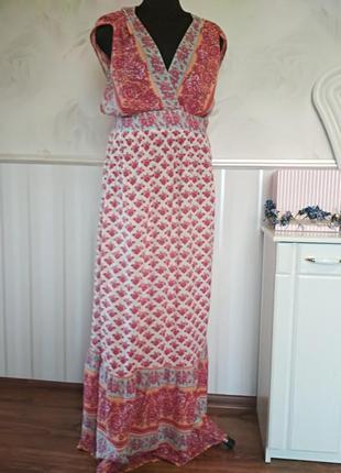 Красивое платье в пол на высокую девушку, размер 50-52.