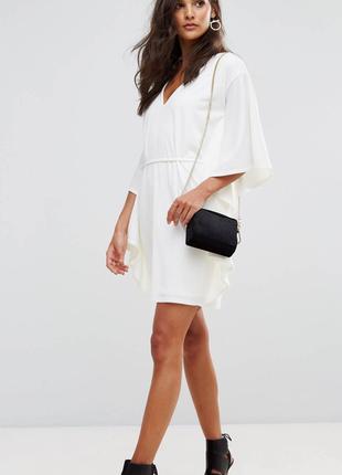 Белое летнее платье  club l london