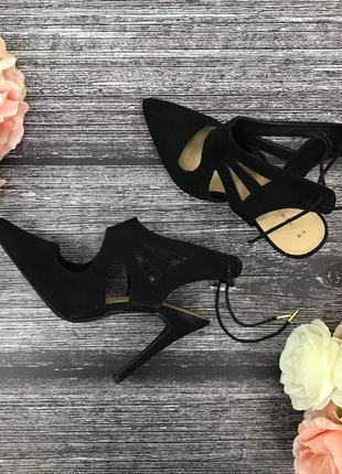 Стильные туфли на высоком каблуке  sh181958  new look