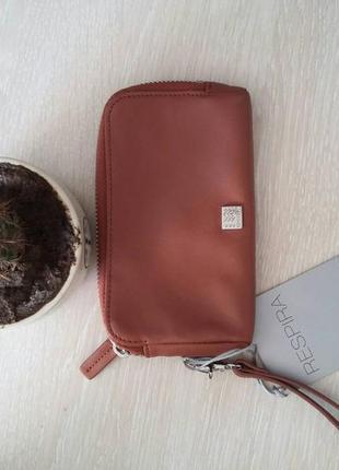 Кожаный кошелек geox