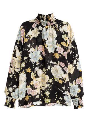 Шифоновая блуза h&m в цветы