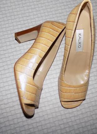 Испания! туфли с открытым носочком