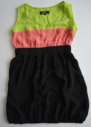 Легкое яркое платье