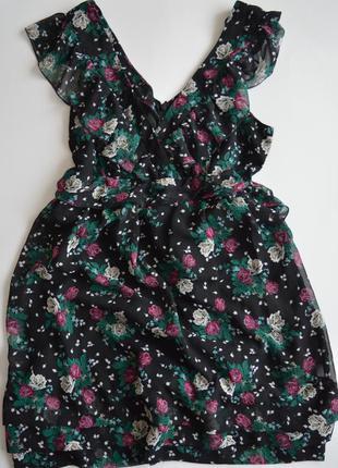 Легкое летнее платье в цветы