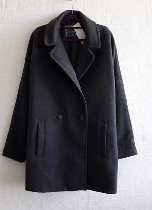 Новое демисезонное пальтишко кокон, бренда blue motion,подойдет на 50,52 р.