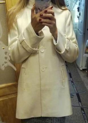 Пальто. пальто oasis. белое пальто. oasis