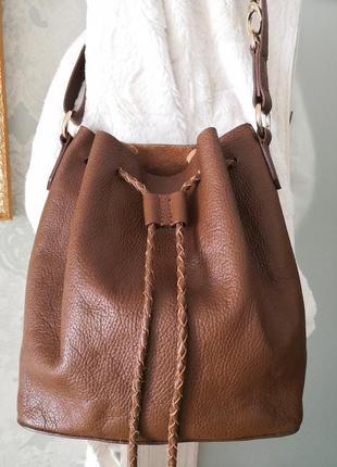 Стильная кожаная сумка accessorize
