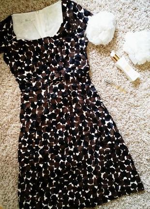 Красивое платье boden
