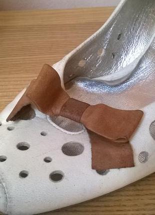 Белые кожаные туфли companys