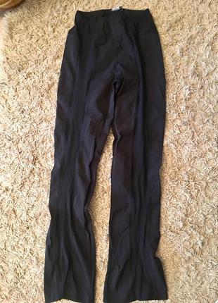 Чёрные брюки на резинке, с прозрачными вставками
