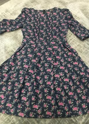 Джинсовое платье очень красивая посадка