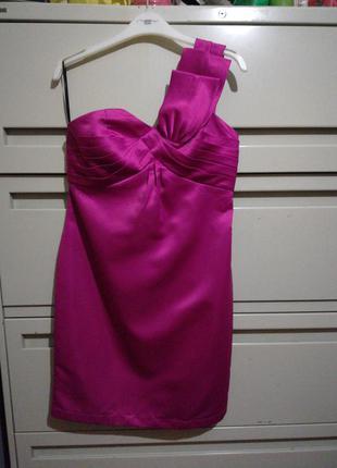 Атласное асимметричное платье