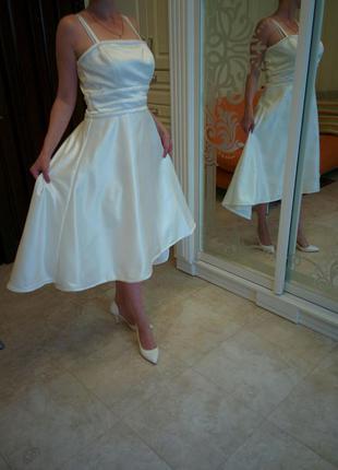 Красивое платье для свадьбы, выпускного вечера
