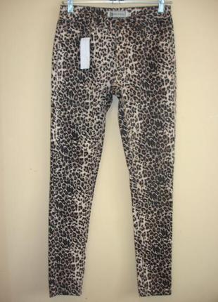 Леопардовые джинсы -hearts & bows-  27-28 р   сток