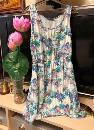 Платье в цветочный принт house
