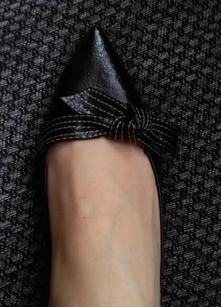 Балетки на узкую ногу