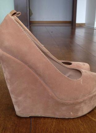 Туфли на танкетке gorgeous 36 р., 23.5 см.
