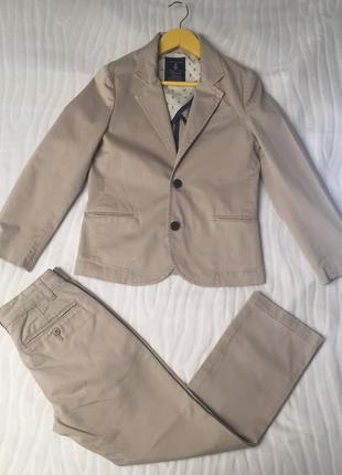 Хлопковый комплект пиджак + брюки gap на 9 лет размер 140 см.