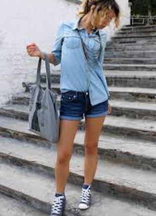 Стильные джинсовые короткие шорты/синие/с отворотом/от denimco-xs-s-ка