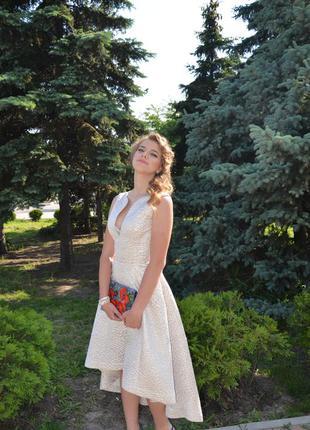 Брендовое платье mirachel