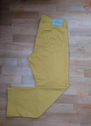 Мужские джинсы желтые mac