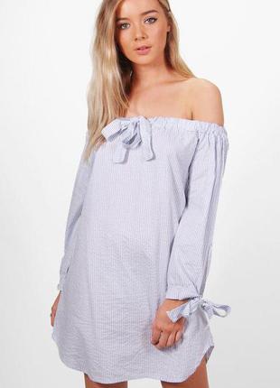 Платье в полоску со спущенной линией плеч boohoo