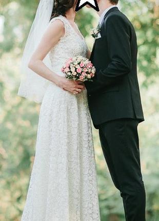 Не пышное гипюровое свадебное платье
