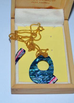 Новый кулон морское ушко с цепочкой позолота в коробке дерево новая зеландия винтаж