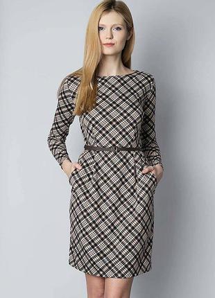 Осеннее платье приталенное